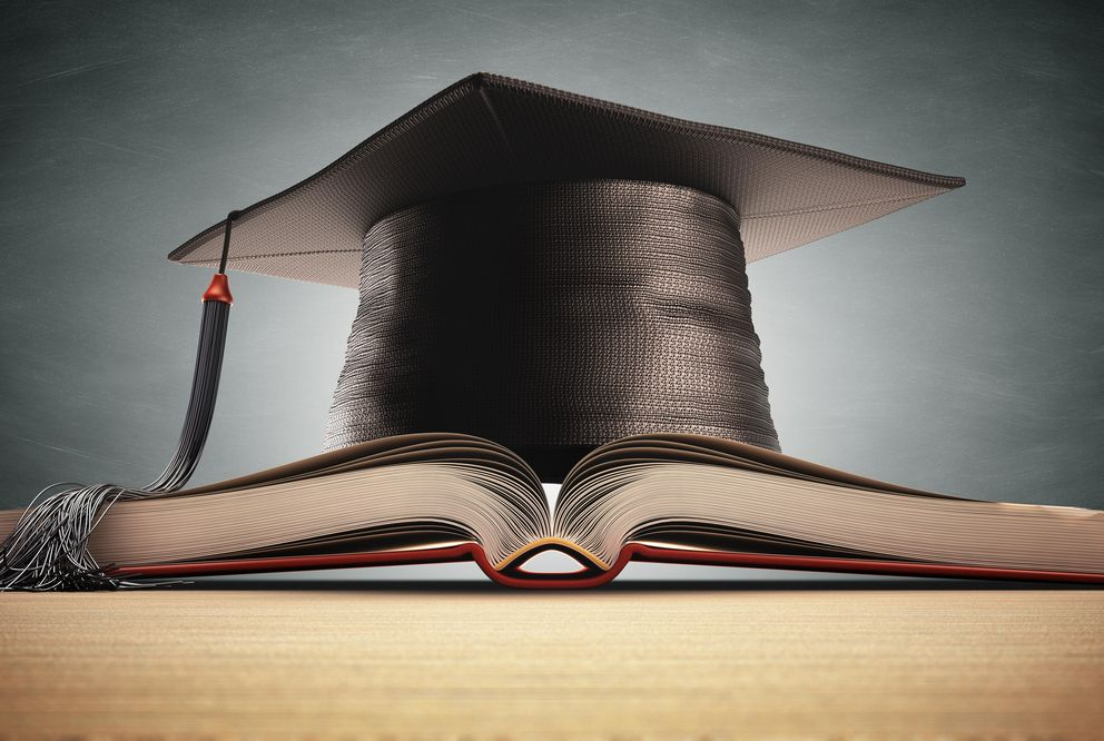 Pic of a mortarboard