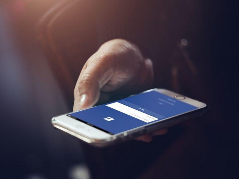 KI-Nachwuchsforschungsgruppe CAROLL: Rhetorik-geschulte Algorithmen gegen Hass im Netz